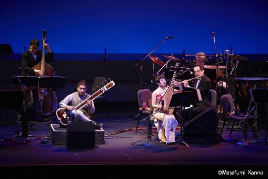 シタール・サワンジョシさん、中国琵琶・シャオロンさん、フルート・高桑英世さん